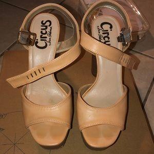 Circus heels